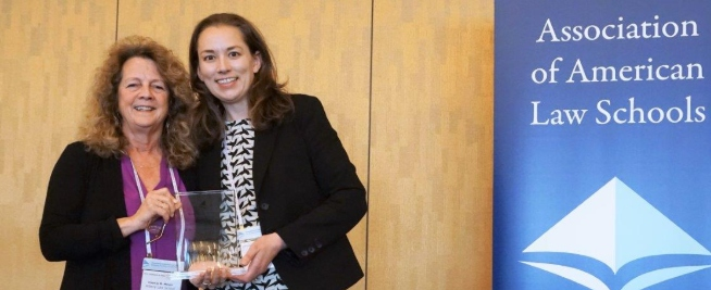 Seton Hall Law Alumna Receives Clinical Education Award